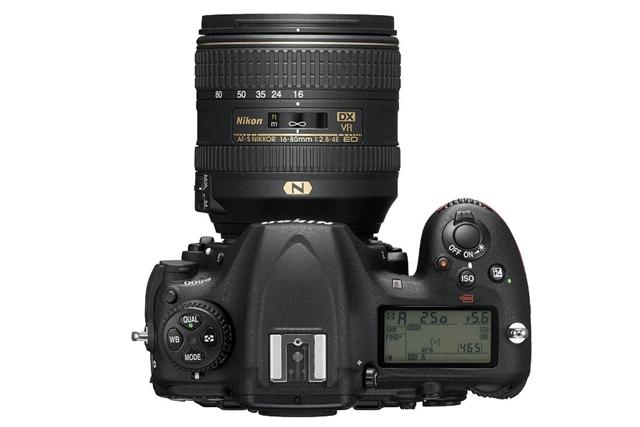 Nikon D500 天面