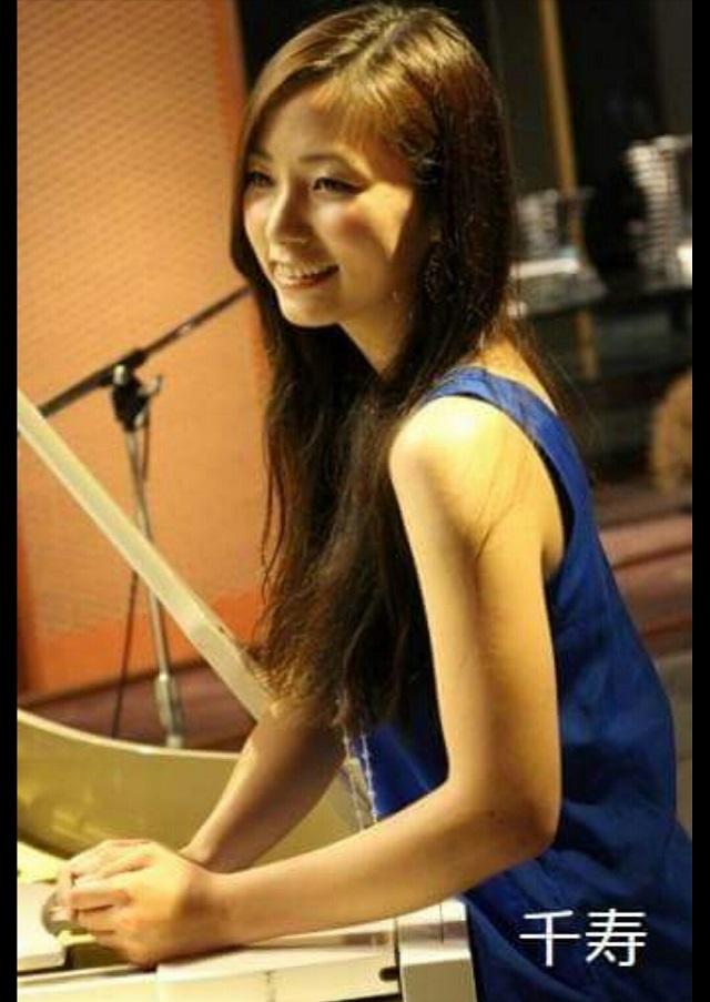 シンガーソングライター千寿