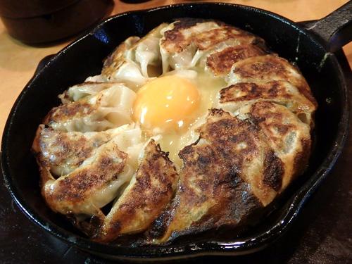 07鉄板餃子