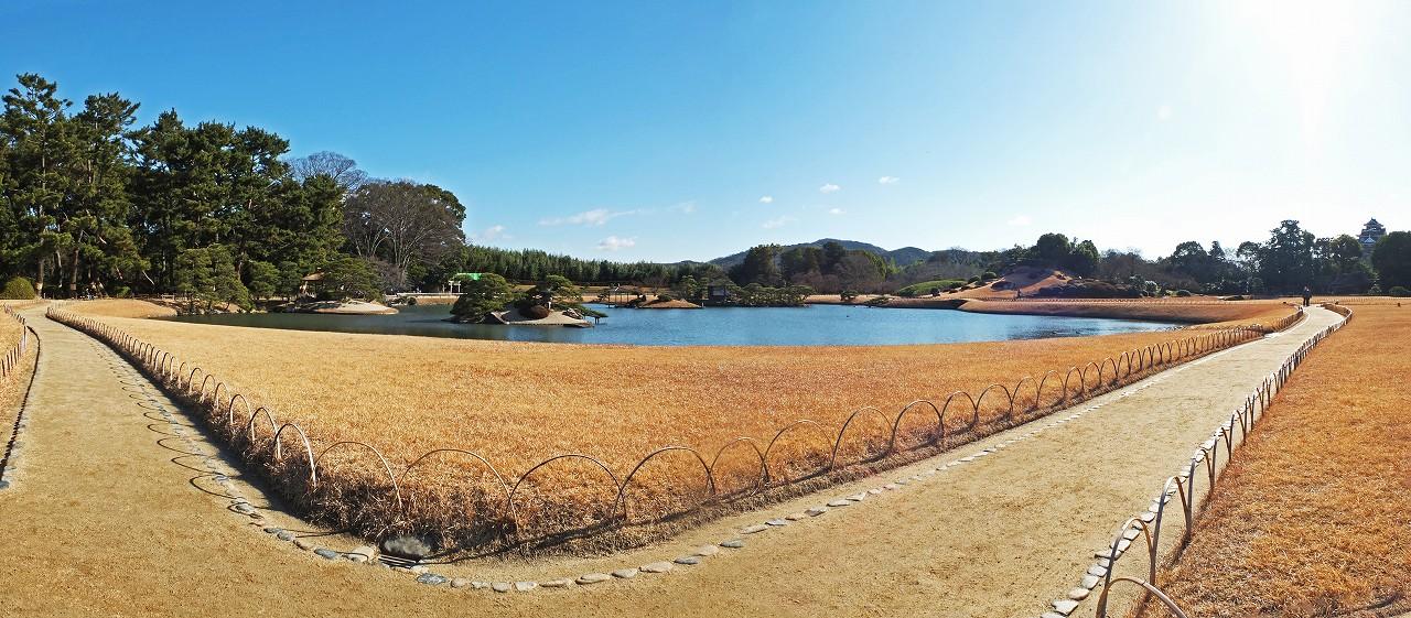 s-20160120 後楽園今日の園内沢の池ワイド風景 (1)