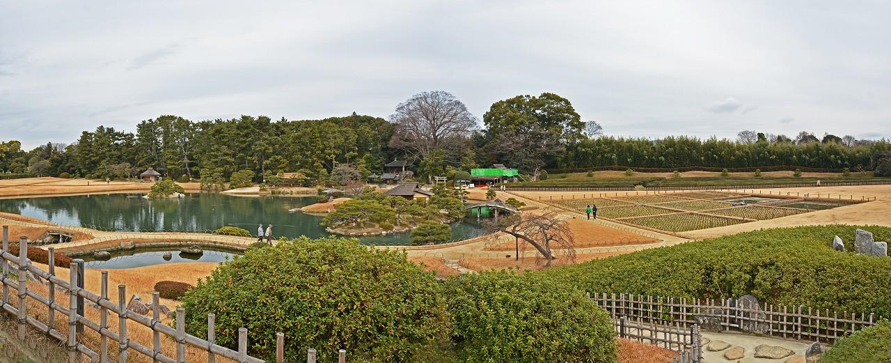 s-20160121 後楽園大寒の日の唯心山六角堂から眺めた園内ワイド風景 (1)