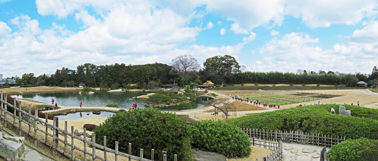 s-20160301 後楽園今日の唯心山六角堂から眺めた園内ワイド風景 (1)