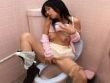 トイレでオナニーをするお姉さんたちを隠し撮り