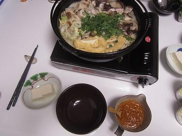 20160120 春菊ときのこ鍋 (1)