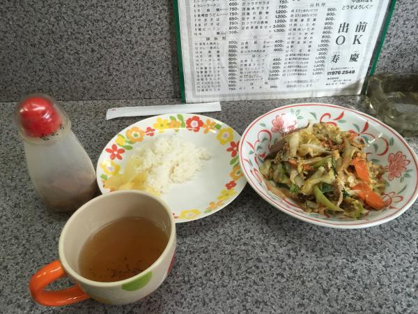 野菜炒めとスープ5
