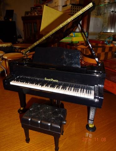 DSC03473グランドピアノ購入