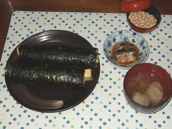 2/3 夕食 海鮮巻、イワシの生姜煮、いわし団子の吸い物