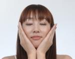 フェイスケア モデル セクシー 顔アップ 目を閉じている 高画質エロかわいい画像10050