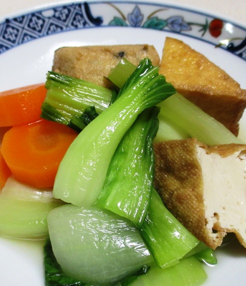 青梗菜と小さな揚げ物の煮物 B