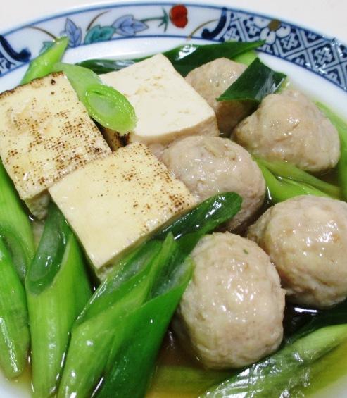 焼き豆腐と鶏だんごの煮物 B