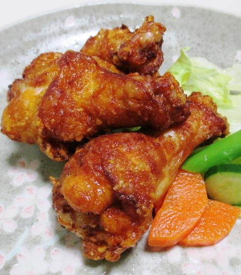 鶏手羽元の赤唐揚げパプリカ風味 拡大