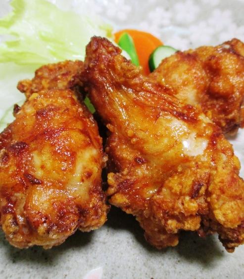 鶏手羽元の赤唐揚げパプリカ風味 大