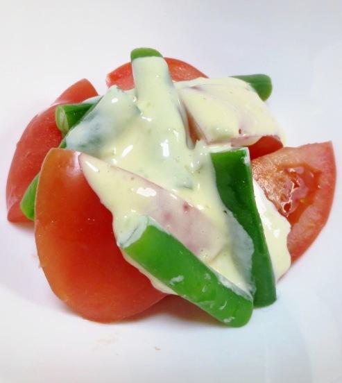 トマトのマヨわさびサラダ B