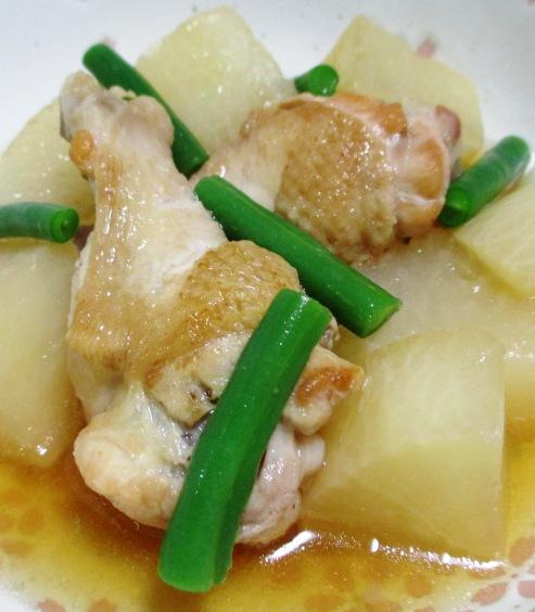 鶏手羽と大根の煮物 B