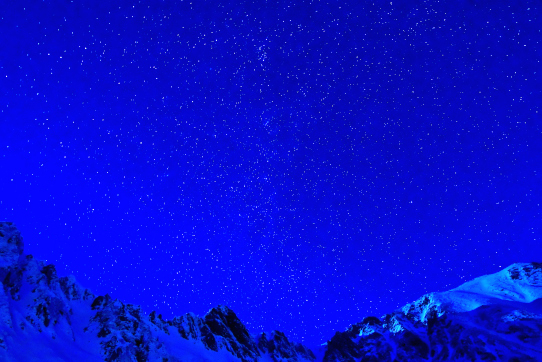 星空と宝剣岳