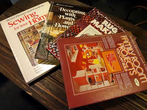 70sInteriorBooks2.jpg