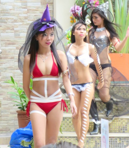 swimsuit contest halloween103115 (18)