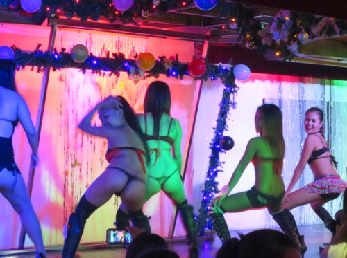 booty contest loveand music112115 (5)