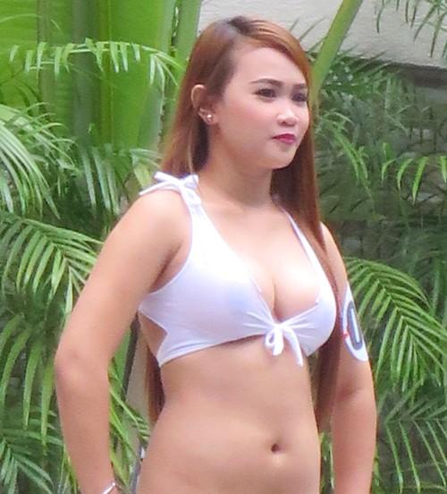 swimsuit contest121915 (91)