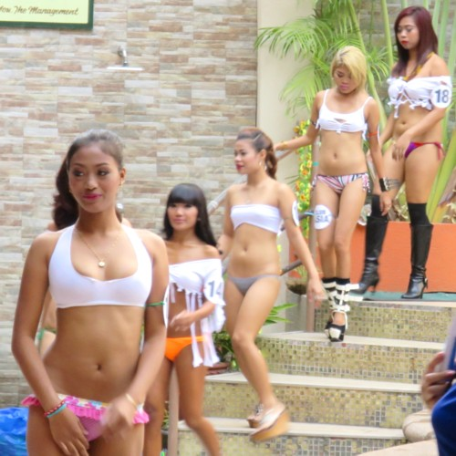 swimsuit contest013016 (27)