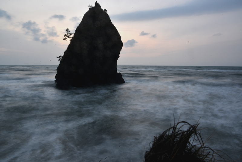 荒れる海-3
