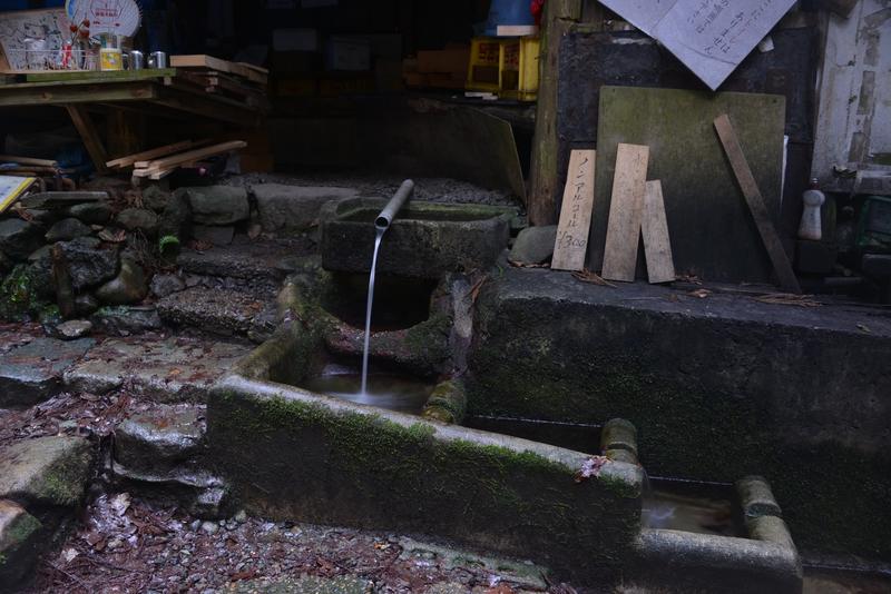 登山道の茶屋-3
