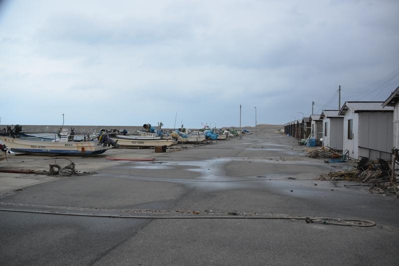 冬の漁港-2