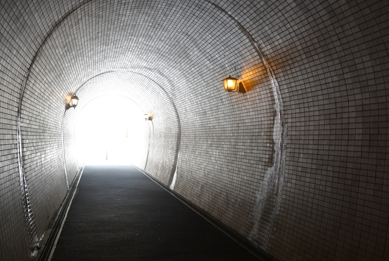 雪のトンネル-4
