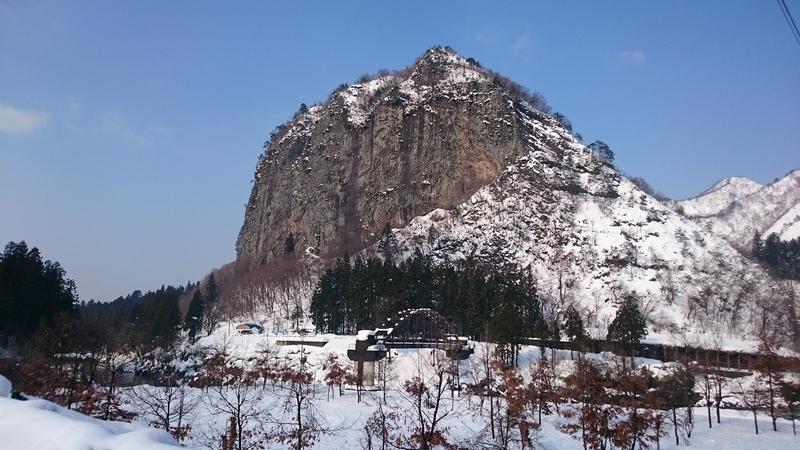 雪の山 スマホ-2