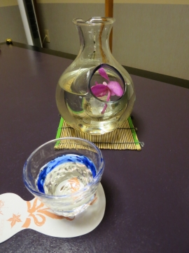 日本酒・遊季の里 320ml 1500円(税・サ別)