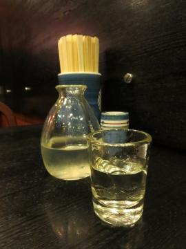 日本酒(一合) 400円(久保田・千寿)