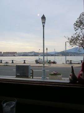 カウンター席からの景色