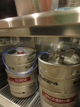 業務用冷蔵庫で樽ごと冷却!