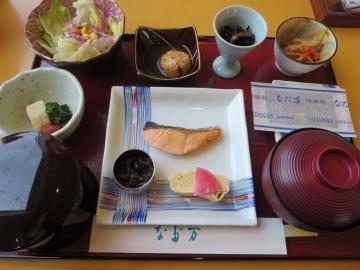 和朝食膳 2100円(税込)