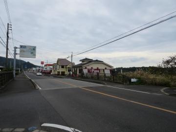 前の通りは国道226号線