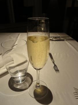 グラス スパークリング 1200円