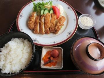 チキン南蛮定食 1900円