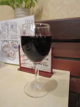 グラスワイン(赤) 486円