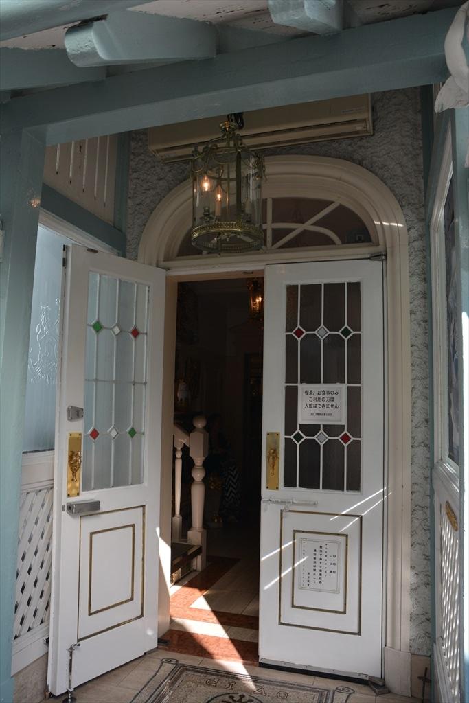 外観と装飾美術館1階部分_2