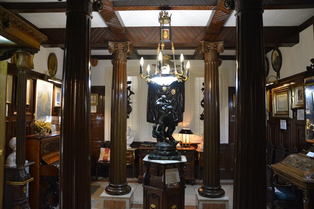 外観と装飾美術館1階部分_5