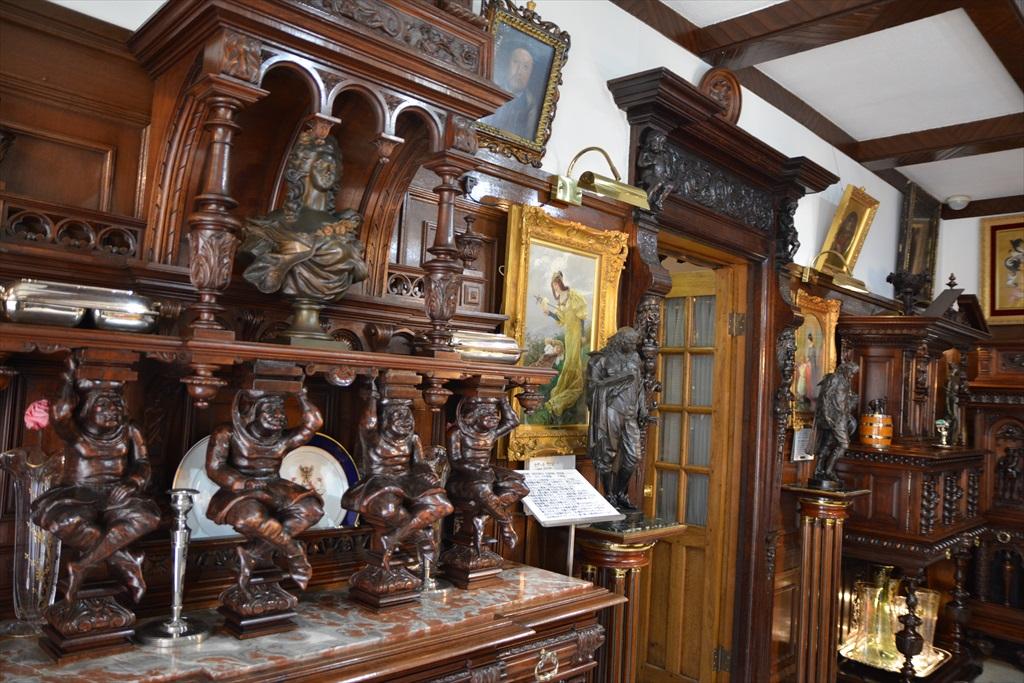 外観と装飾美術館1階部分_11