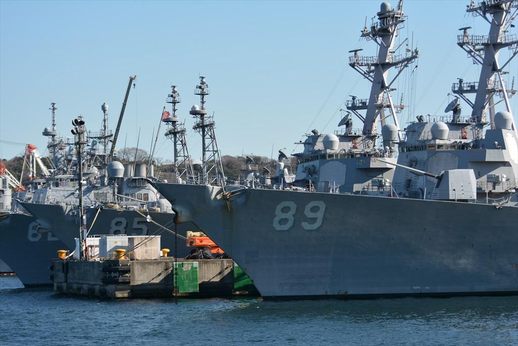 DDG85ミサイル駆逐艦マッキャンベル_1