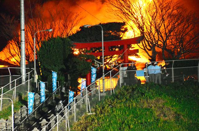 蕪島かぶしま神社の火事原因は放火なのか?02