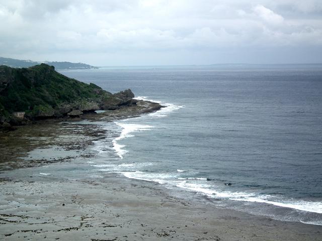 沖縄県平和記念祈念公園から海の風景(1)