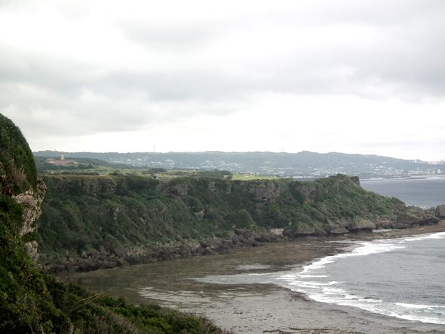 沖縄県平和記念祈念公園から海の風景(2)