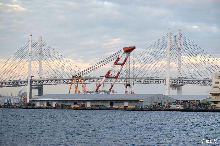 025-New-Emi-横浜ベイブリッジ