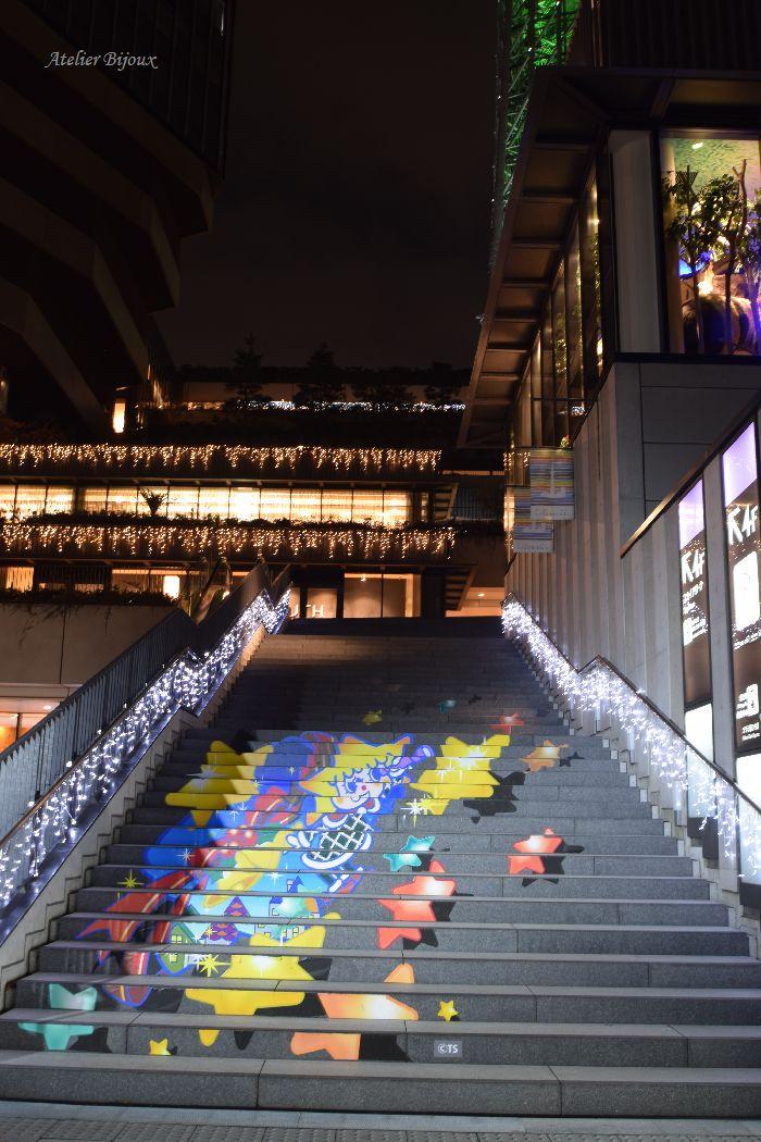012-階段-ソラカラちゃん