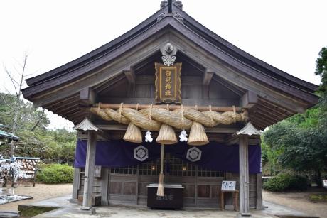 7神社本殿