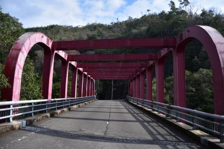 10変わった橋