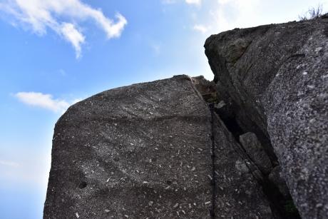 11最後はガチ岩登り